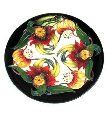 moorcroft-anna-lily-plate