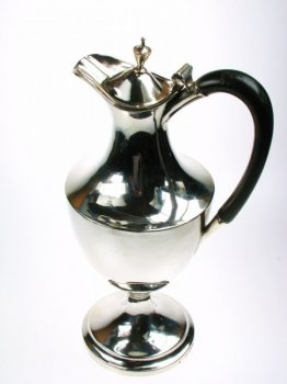 pre-owned-silver-claret-jug-with-lid