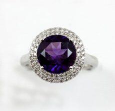 round-amethyst-diamond-ring