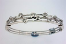 18ct White Gold Diamond Set Bangle