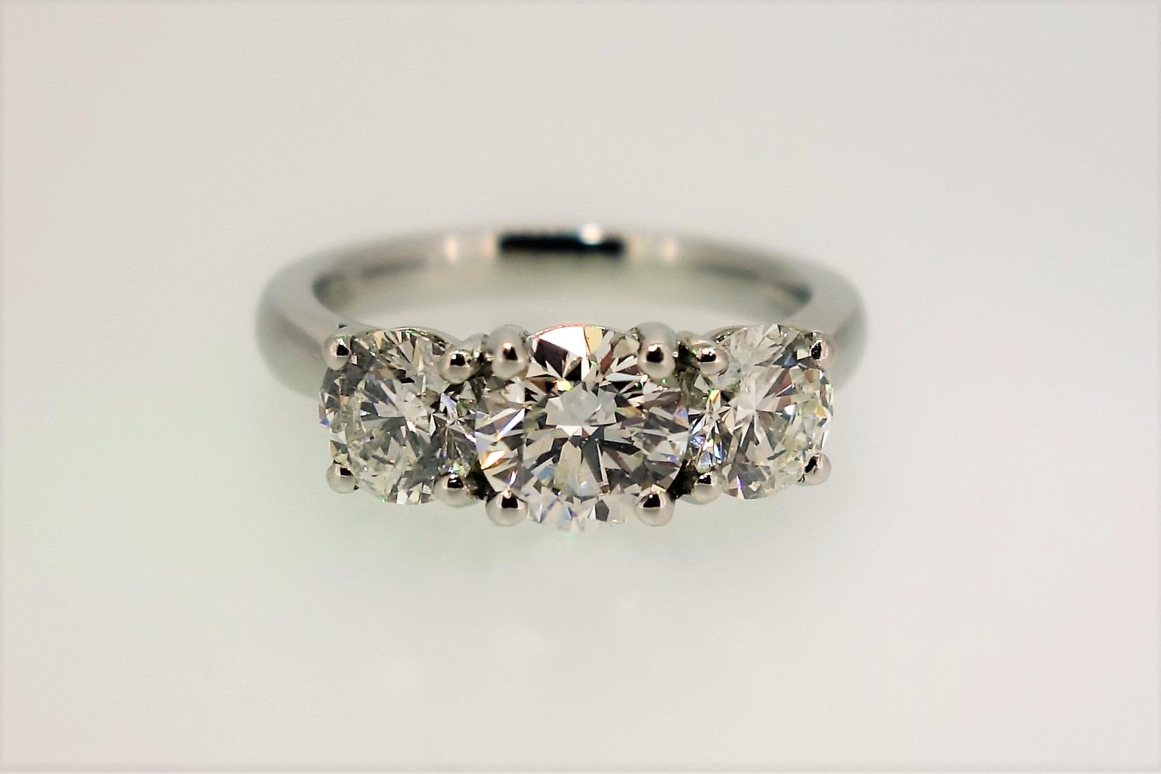 Platinum Amp 3 Stone Brilliant Cut Diamond Ring Austen